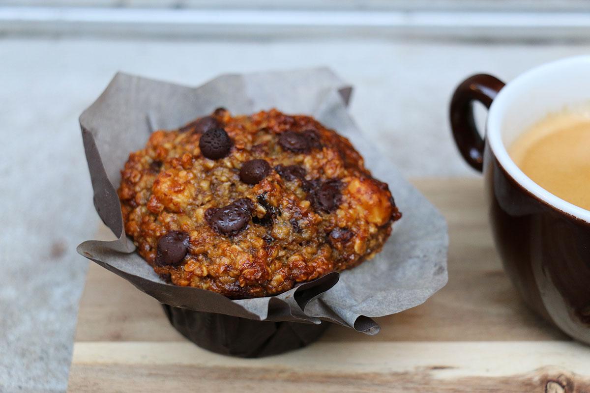 gros muffins healthy chocolat banane noisettes. Black Bedroom Furniture Sets. Home Design Ideas