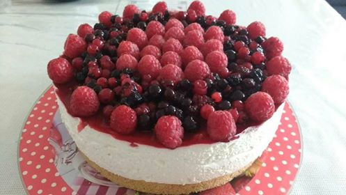 cheesecake sans cuisson vanille & fruits rouges - hervecuisine